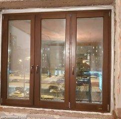 Окно из лиственницы